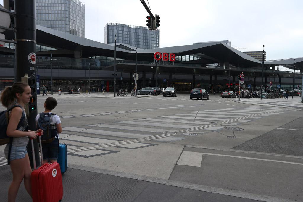 Naar Wenen met kinderen? Overweeg eens om met de trein te gaan.
