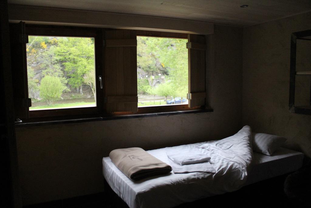 Uitzicht vanuit de onlangs opgeknapte kamers van de River&Breakfast.