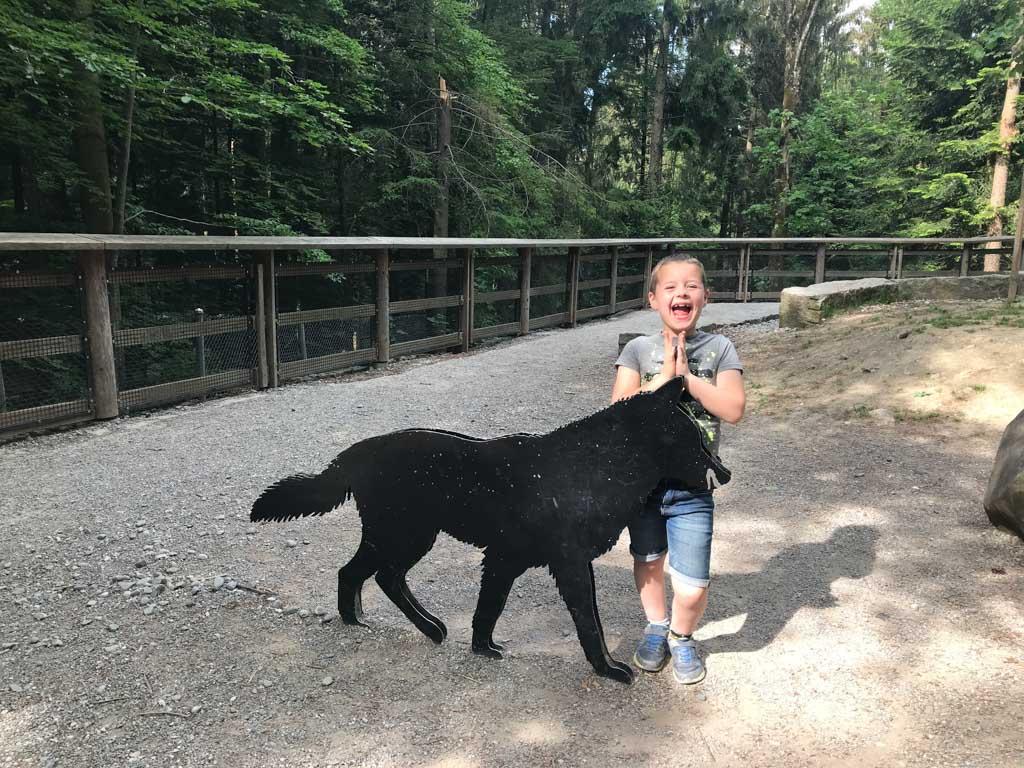Zo blij dat hij een wolf heeft gezien.