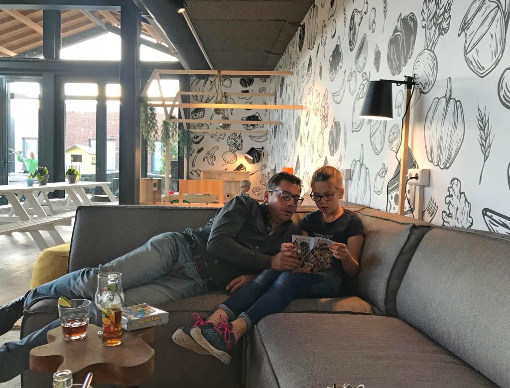guesthouse hotel kaatsheuvel hotelbar zitplekken