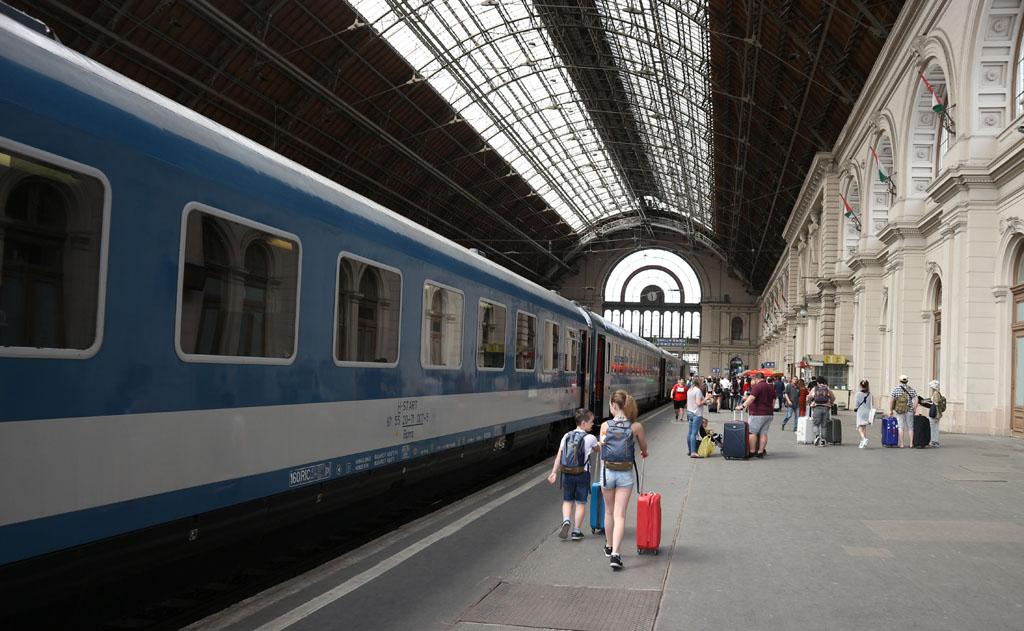 Aankomst op het station van Boedapest.