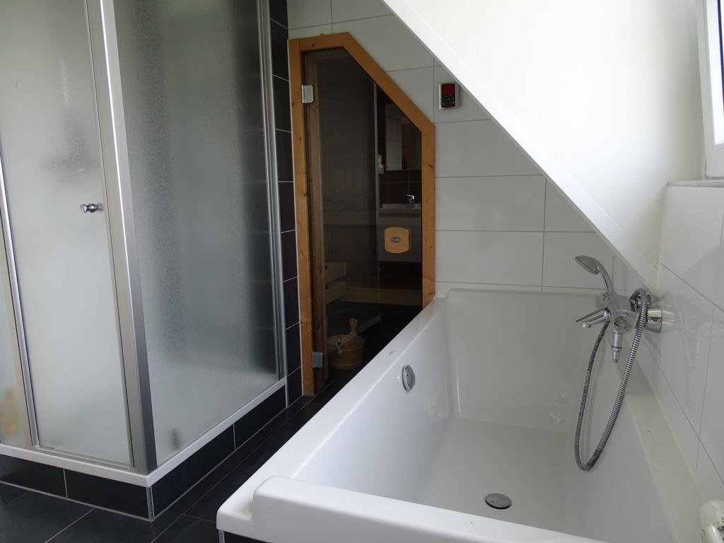 De luxe bungalows hebben zelfs nog een sauna en/of sunshower