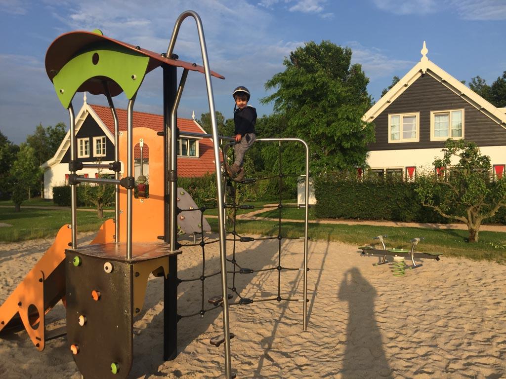 Heerlijk klimmen en klauteren bij Landal Resort Haamstede.