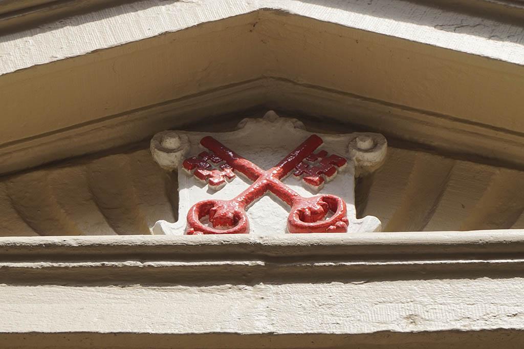 De sleutels zijn het symbool van Leiden en vind je dan ook overal terug