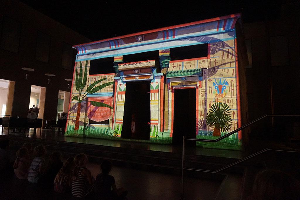Wauw, hoe gaaf als de tempel ineens helemaal ingekleurd is?