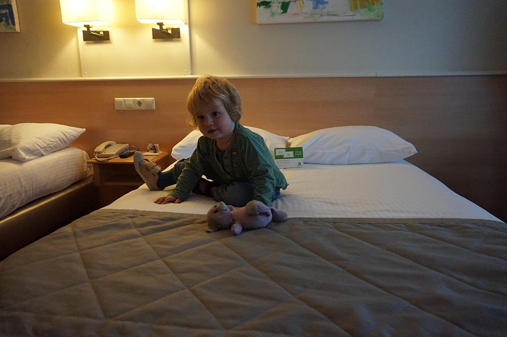 Het bed is getest en goedgekeurd, ook door de knuffel