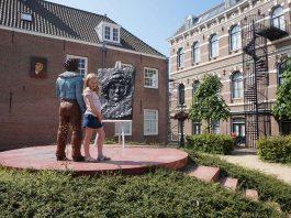 Leiden8