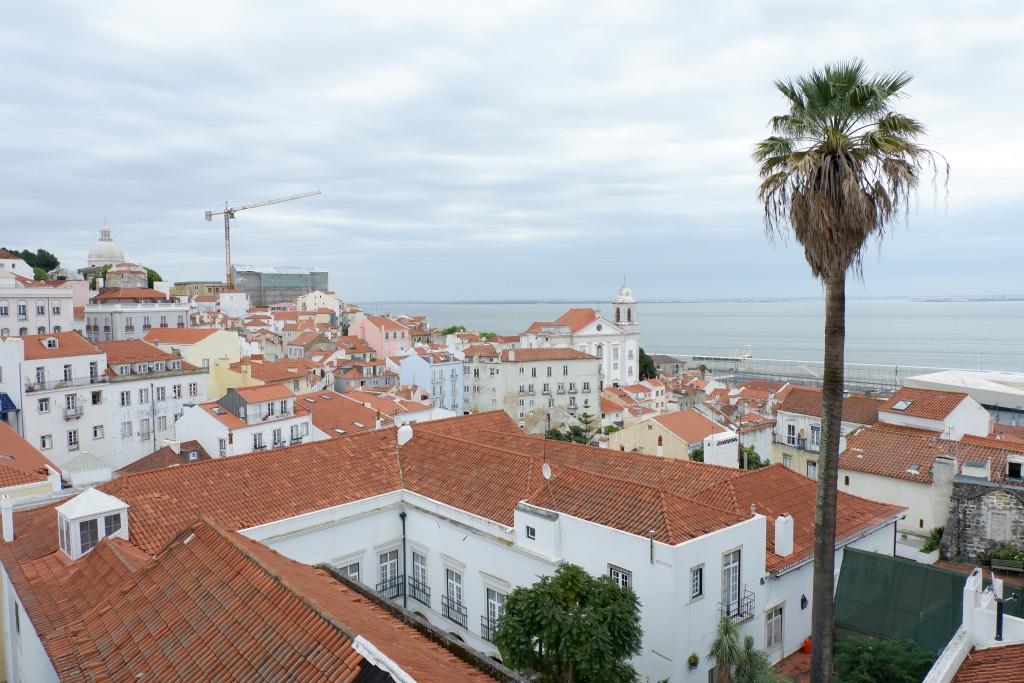 Uitzicht op de Taag vanaf Miradouro da Santa Lucia