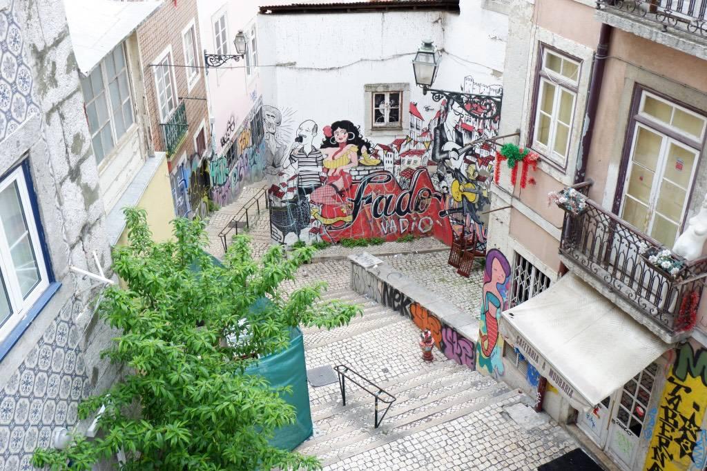 Alfama: een verzameling smalle, steile straatjes
