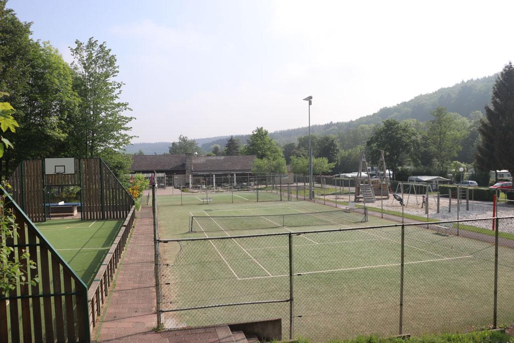 Sportvelden voor de activiteiten van het recreatieteam.