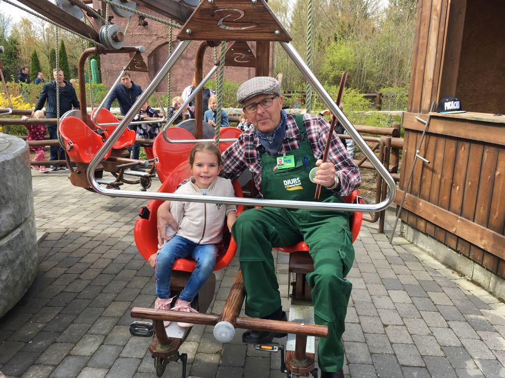 Na ontelbaar high fives van boer Fredrik in deze attractie, natuurlijk ook even een foto samen.