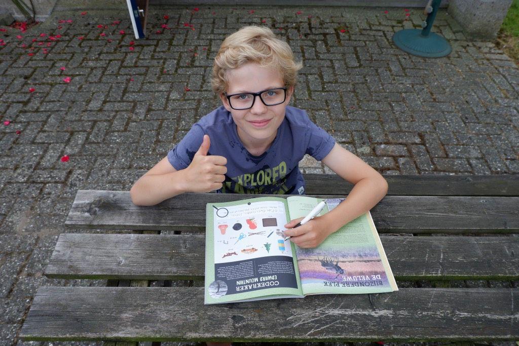 Het Young Scientist Vakantieboek is goedgekeurd door ons testpanel