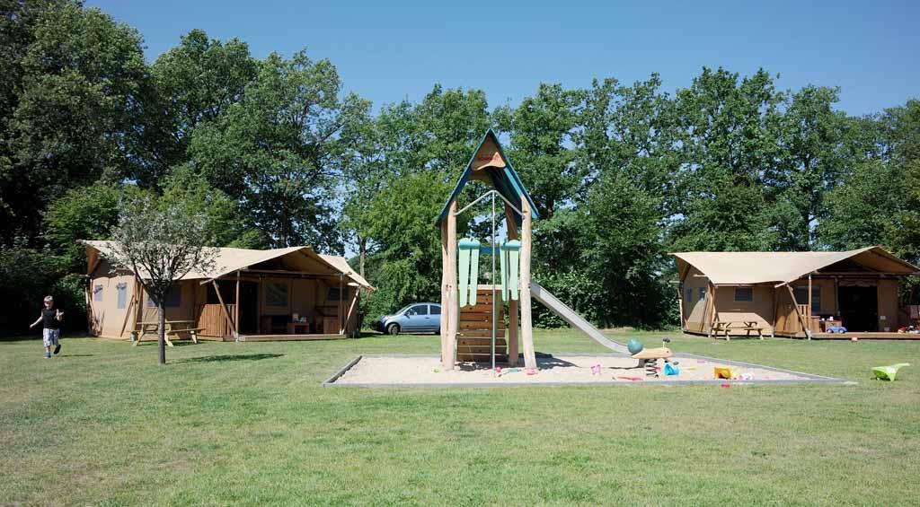 Glamping bij Recreatiepark Sevink Molen in de Achterhoek. Met de luxe van een hotel en de charme van het kamperen.