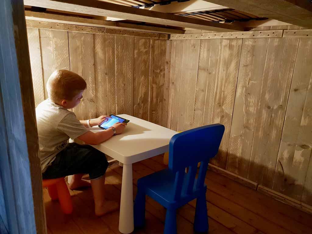 Een super stiekeme geheime kamer, streng verboden voor nieuwsgierige ouders.