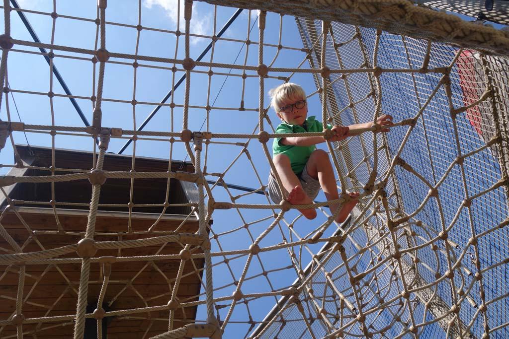houtopia buiten spelen klimmen