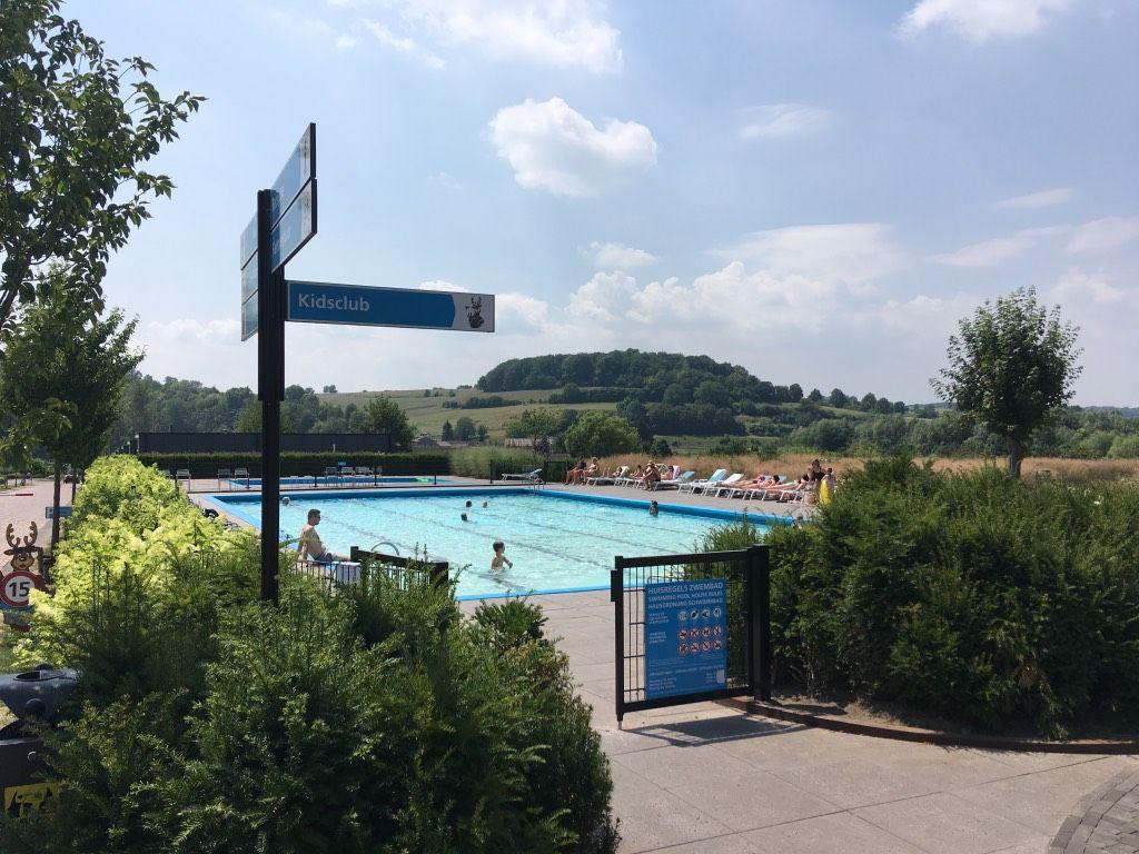 Openluchtzwembad in Zuid-Limburg