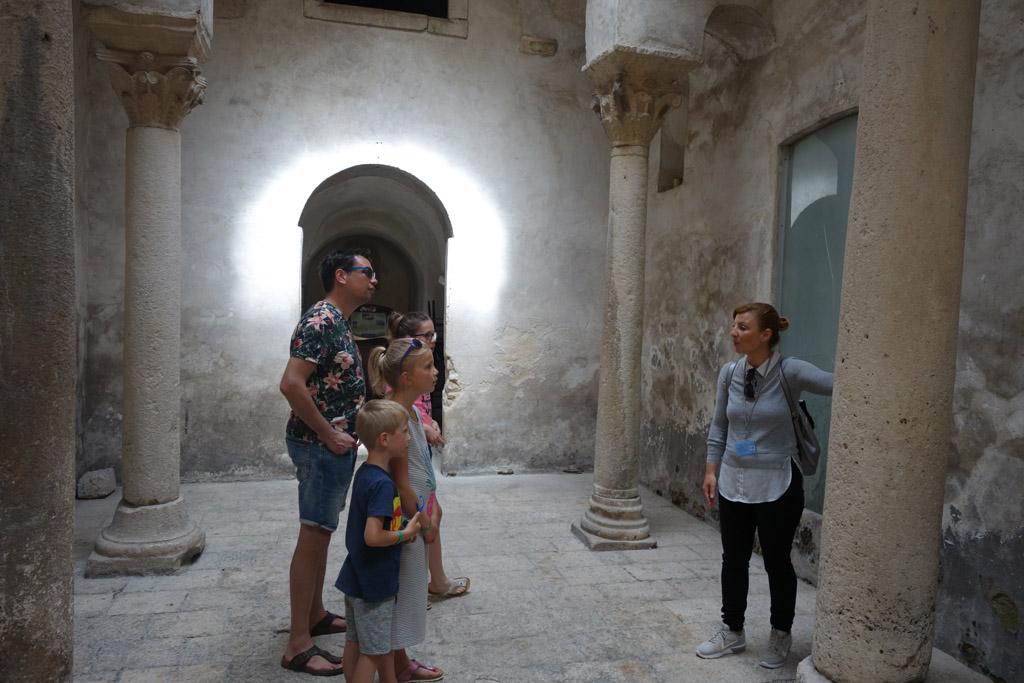 zadar bezienswaardigheden 2000 jaar oude kerk