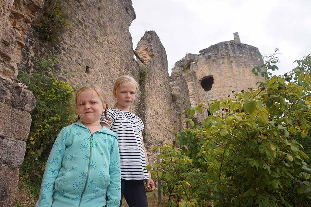 De ruïnes van het kasteel bij Saint Germain de Confolens