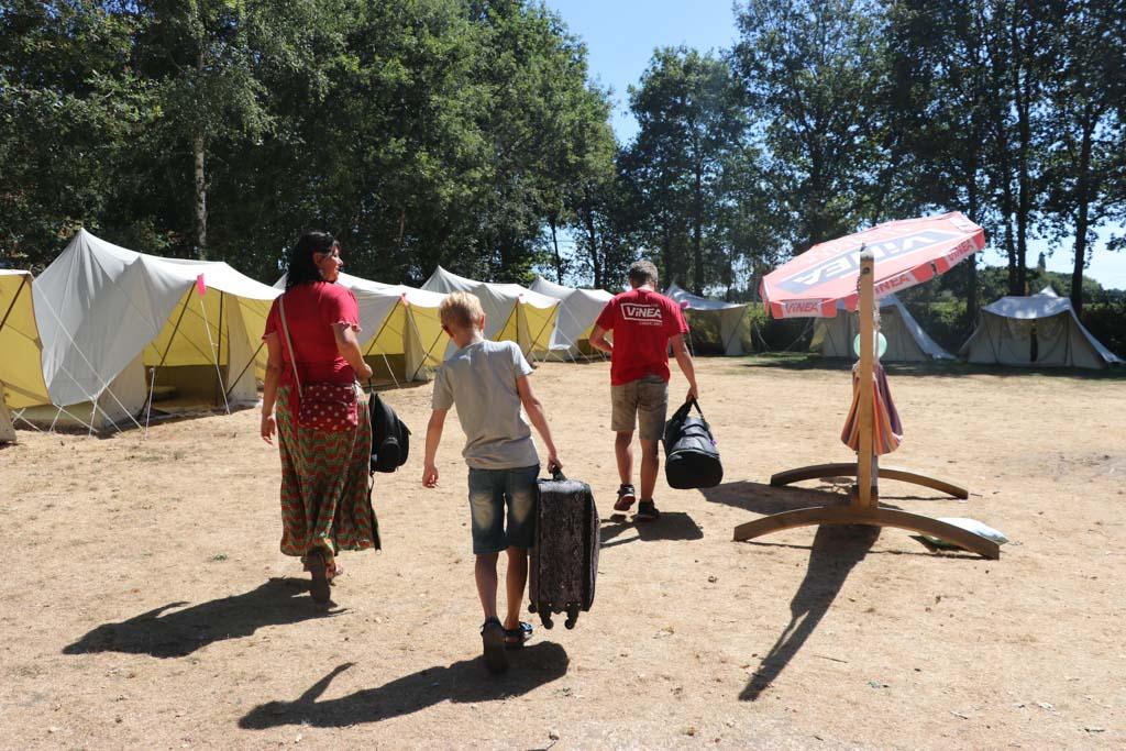Op dit tentenkamp in de Beekse Bergen gaat onze zoon zich wel vermaken.