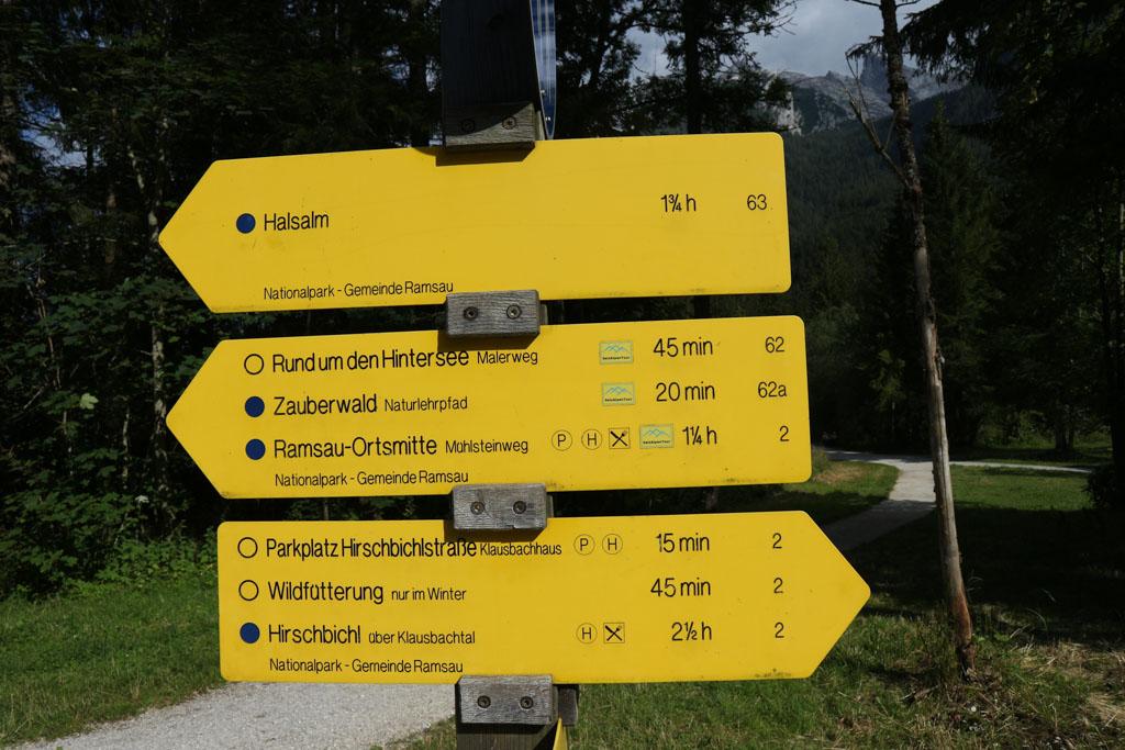 Vanaf de Hintersee zijn er meerdere wandelingen te doen.