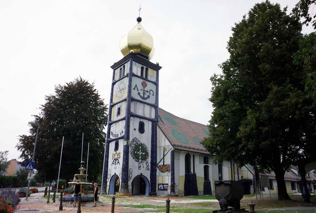 Deze kerk lijkt wel een sprookjeskerk