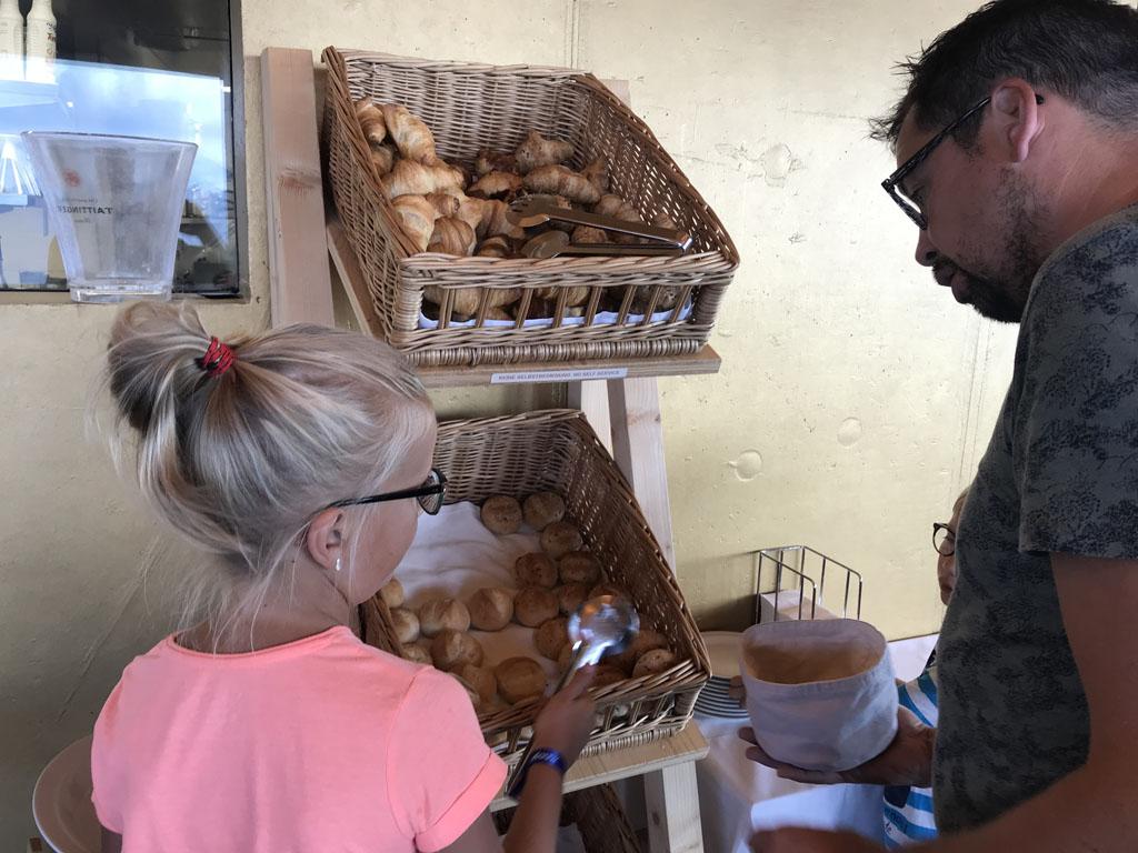 activiteiten in arosa ontbijten op de weisshorn