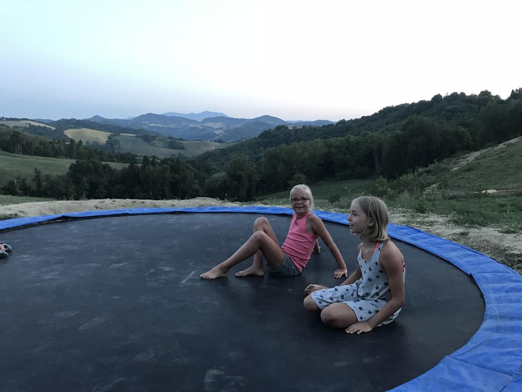 camping pronto campi trampoline