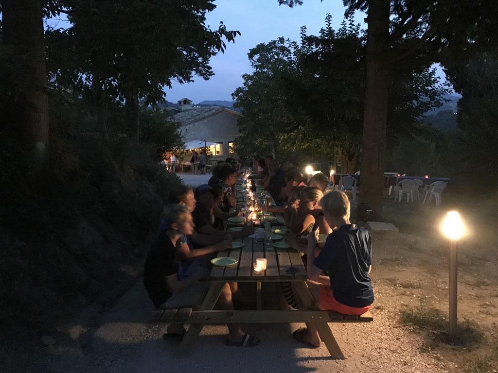 camping pronto campi pizza avond