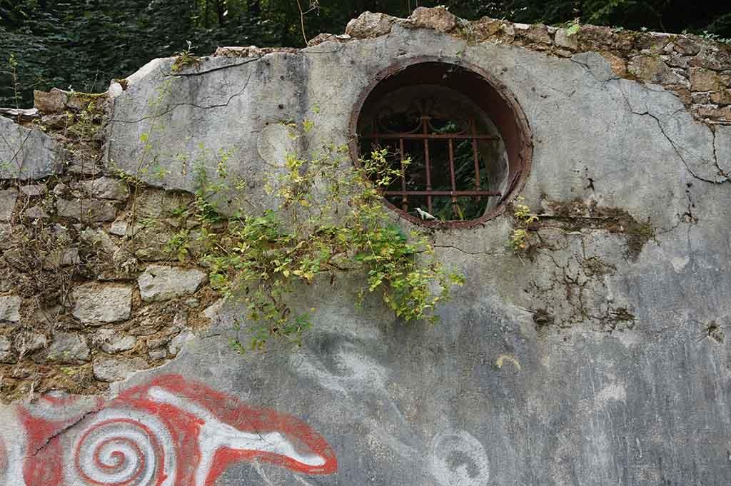 Graffiti bij site corot