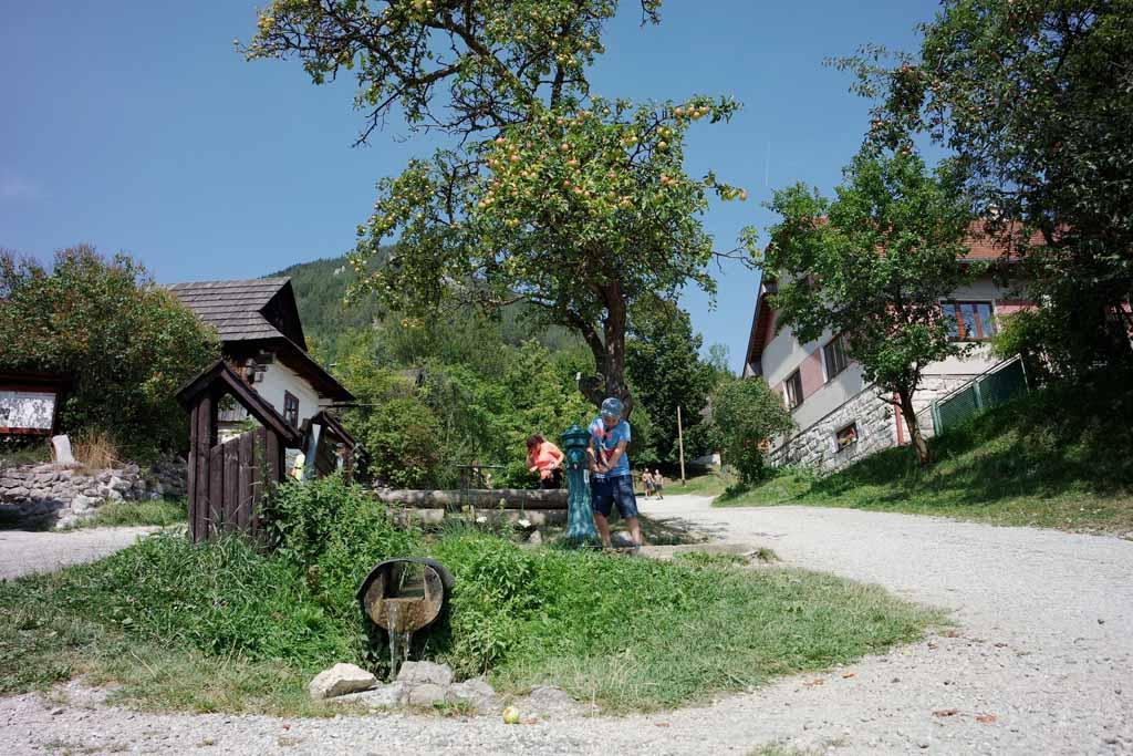 Nu begrijp ik wel waarom dit dorp op de UNESCO werelderfgoedlijst staat liptov-regio-in-slowakije
