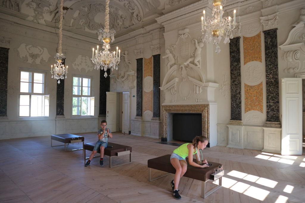 Schloss Mirow is van binnen ook de moeite.