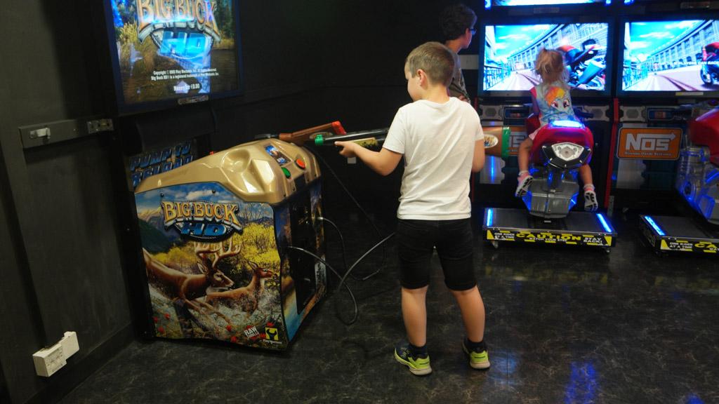 Helaas voor Camiel stoppen wij geen geld in deze apparaten.