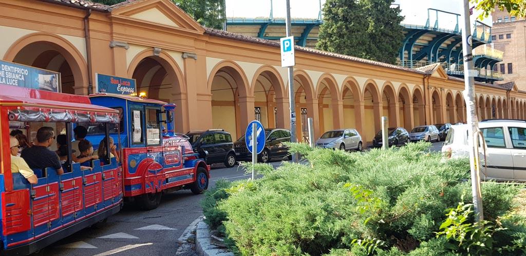 Met de San Luca Express zie je nog meer tijdens je stedentrip Bologna.