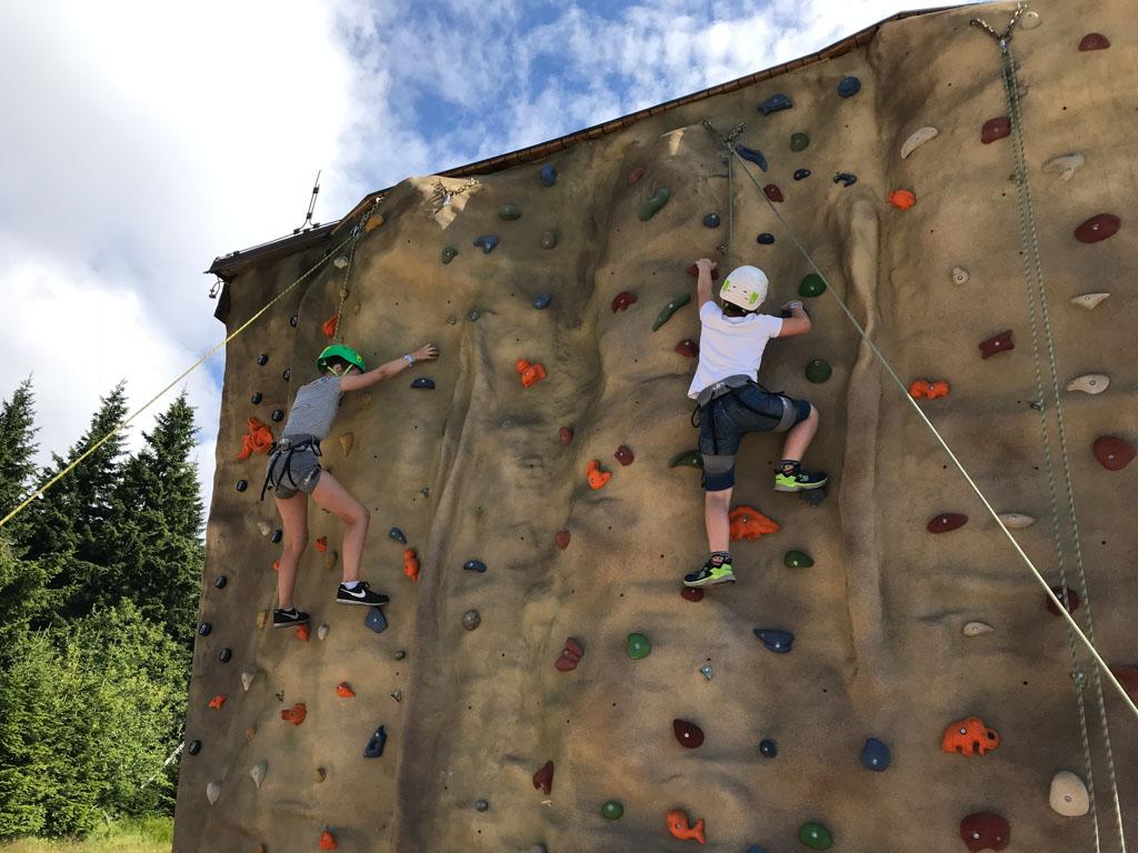 Op het makkelijke stuk klimmen ze zo naar boven.