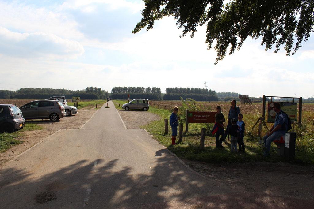 Tijdens de wandeling passeren we gratis parkeerplaats Nieuw Wulven aan de Marsdijk. Ons advies is om hier te starten met het wandelen van het Slagmaatpad.