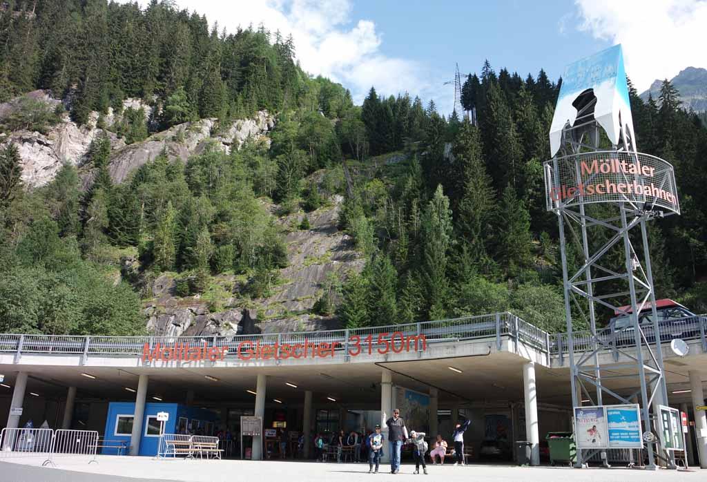 Heb je wel gezien dat we naar 3000 meter hoogte gaan? leukste-kabelbanen-in-karinthie