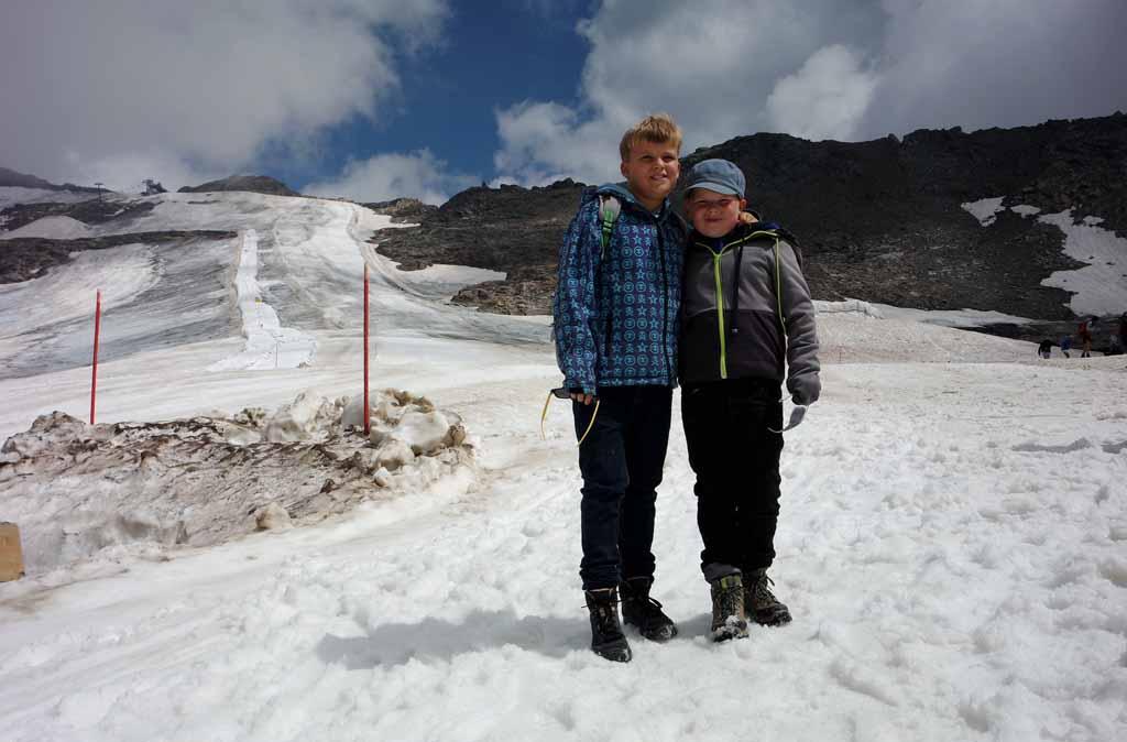 En een foto met de gletsjer op de achtergrond leukste-kabelbanen-in-karinthie