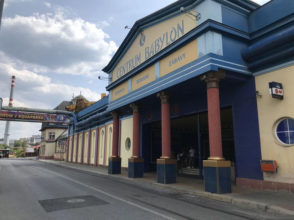 Aquapark Babylon is onderdeel van Centrum Babylon waar nog meer vermaak te vinden is.