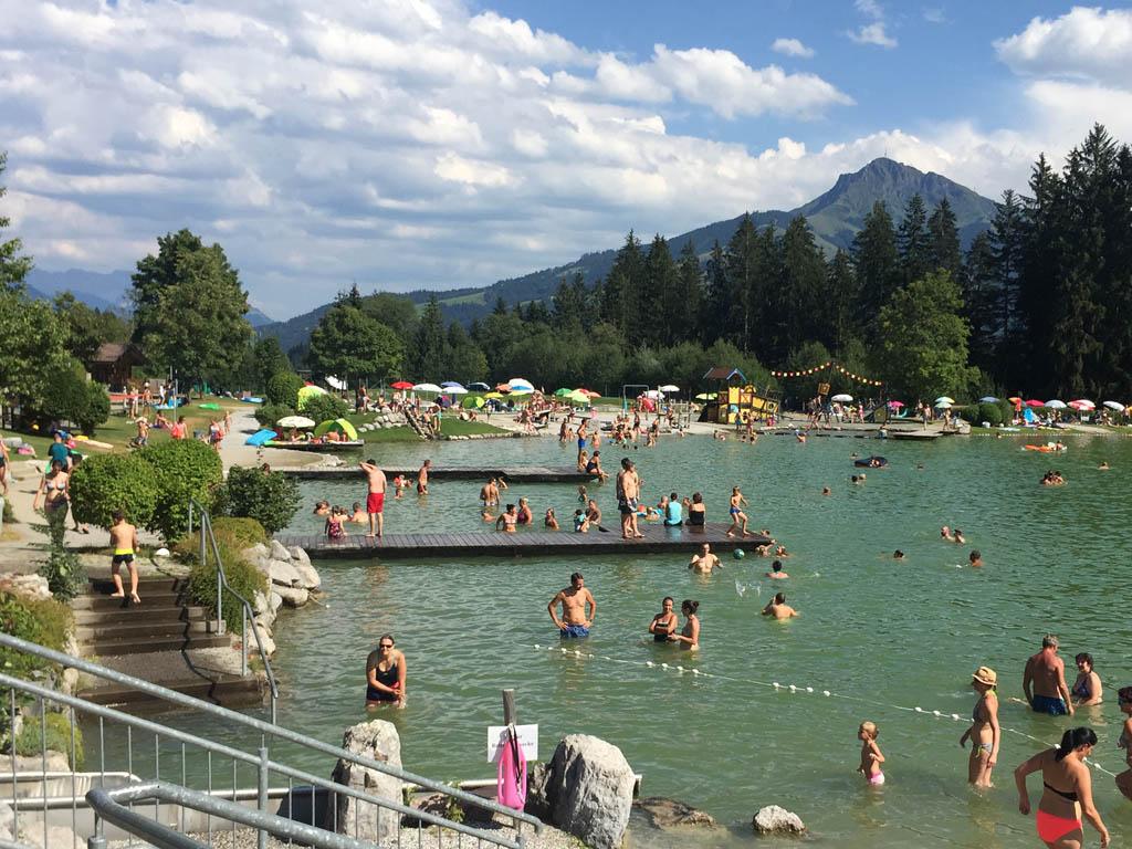 Het zwemmeer in Going.