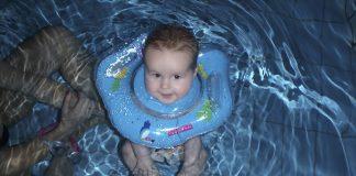 Lekker lui dobberen in het water.