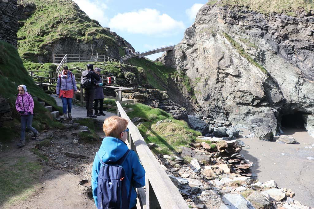 Met elke trede raken wij meer onder de indruk van Tintagel Castle.