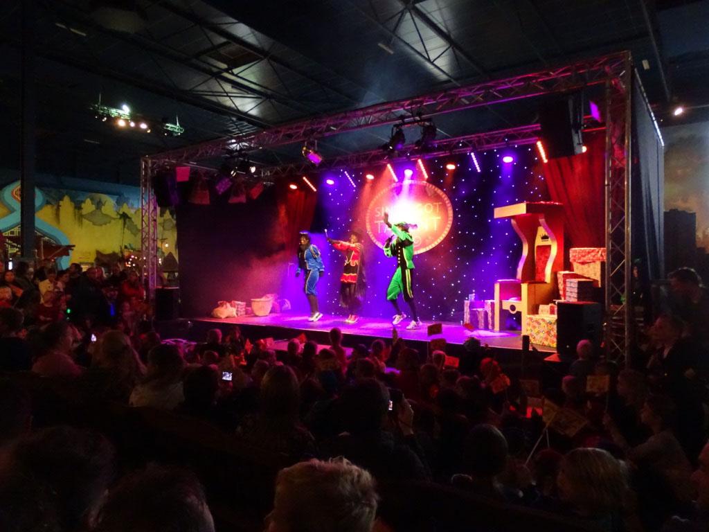 De spannende Sinterklaasshow bij Toverland.