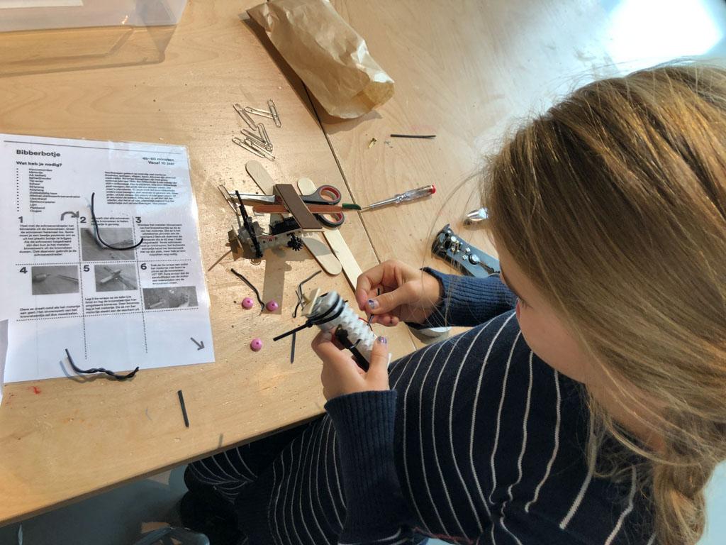 Gebruiksaanwijzing en materiaal voor een 'bibberbotje'