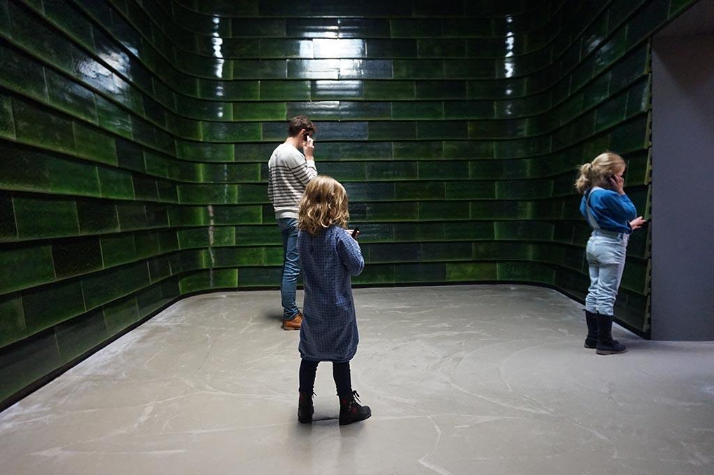 Met een kinder-audiotour gaan we door het museum