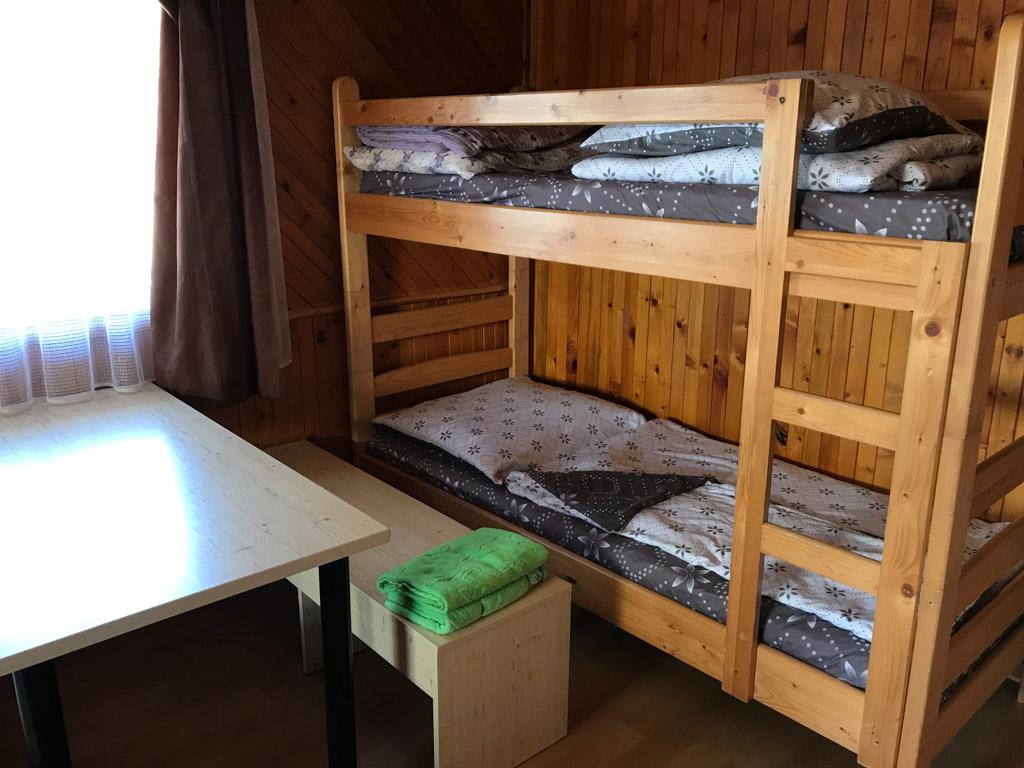 In de bungalow staat voor de kinderen een stapelbed.