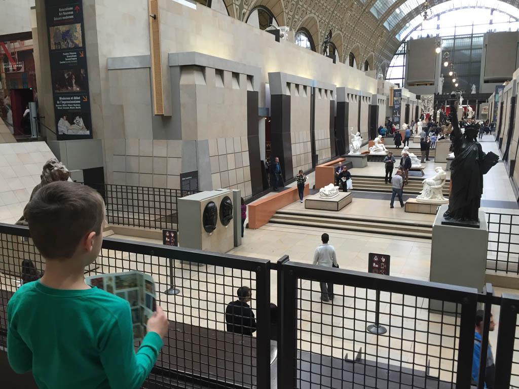 Musee d'Orsay is gevestigd in een oud stationsgebouw.