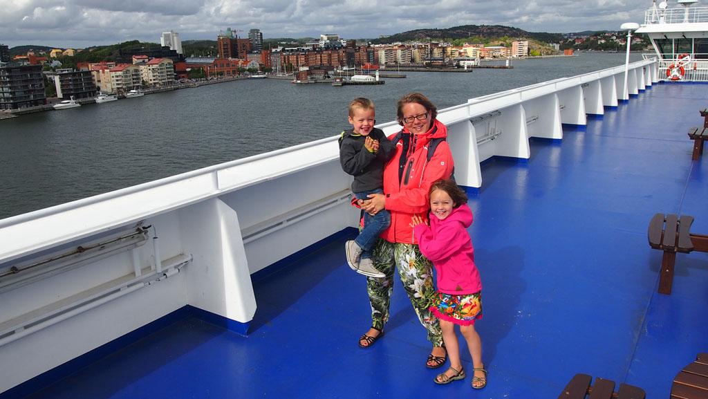 Met een ferry naar onze vakantiebestemming kunnen we iedereen aanraden.