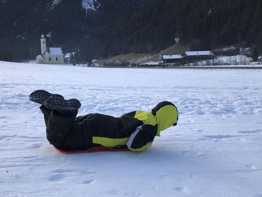 Zo kun je ook op de boardslide glijden....