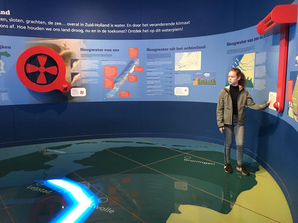 In het Keringhuis kunnen bezoekers op interactieve manier meer over de Deltawerken leren.