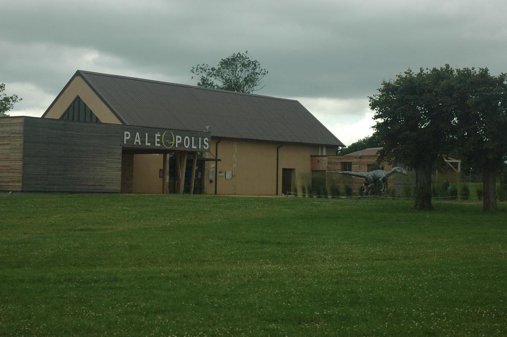 Paleopolis in de Allier: leuk dino uitje in midden Frankrijk.